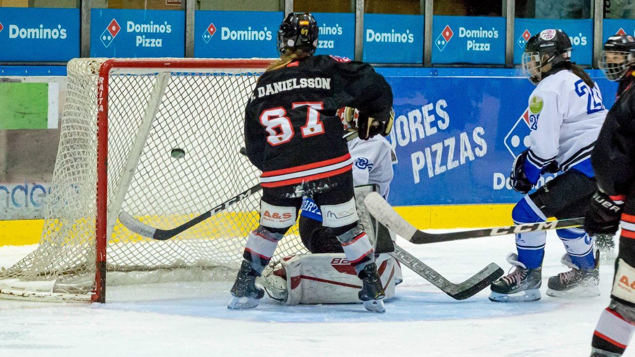 El SAD Majadahonda alcanza el liderato de la Liga Iberdrola de hockey hielo