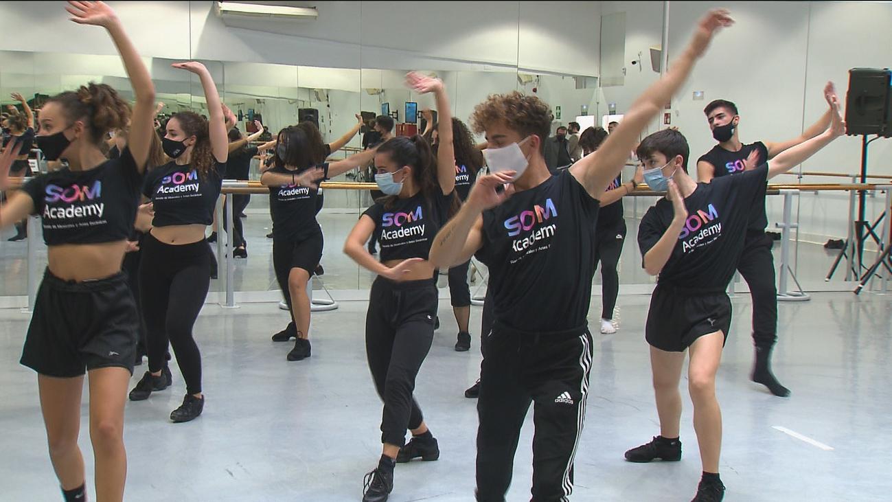 Así se preparan los futuros actores en la primera Escuela de Musicales que abre en Madrid