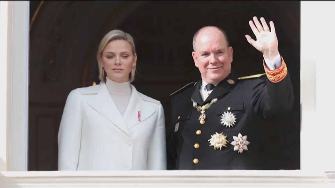 ¿Qué se esconde tras el serio rostro de la princesa Charlene?