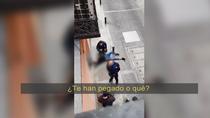 Un hombre aparece ensangrentado y con un cuchillo en pleno centro de Madrid