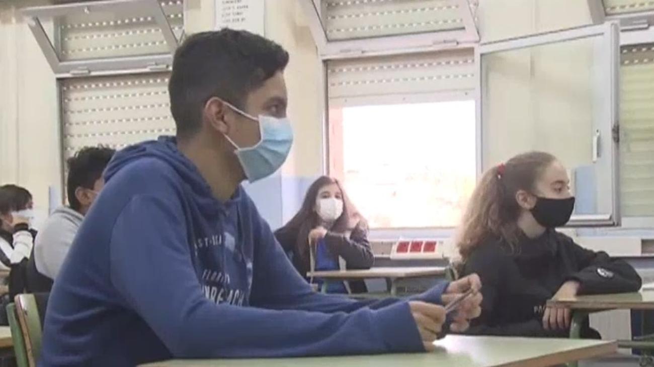 El coronavirus afecta ahora más a los jóvenes de entre 15 y 24 años
