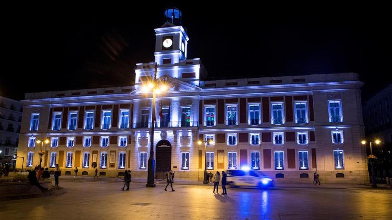 Madrid mantendrá el toque de queda dos semanas más tras el 9-N