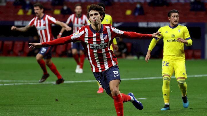 4-0. El Atlético derrumba al Cádiz con un doblete de Joao Felix