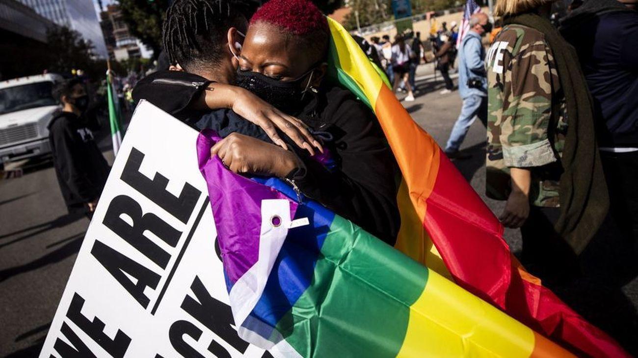 La comunidad LGTBQ celebra la victoria de Joe Biden y Kamala Harris