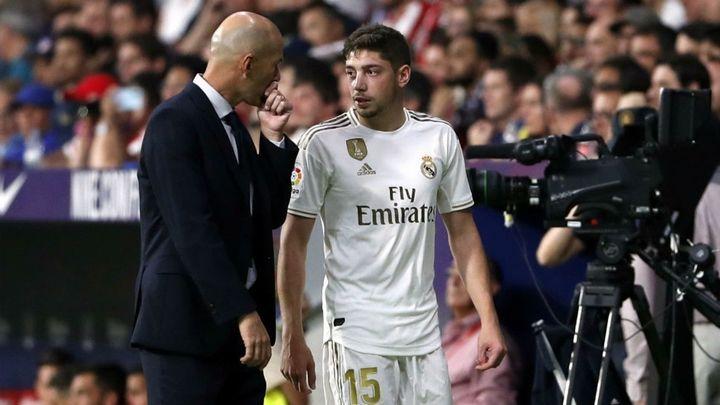Valverde, con fisura ósea, complica más a Zidane