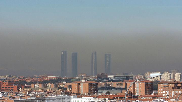 Los madrileños siguieron respirando niveles altos de ozono  en 2020 pese a la crisis de la Covid