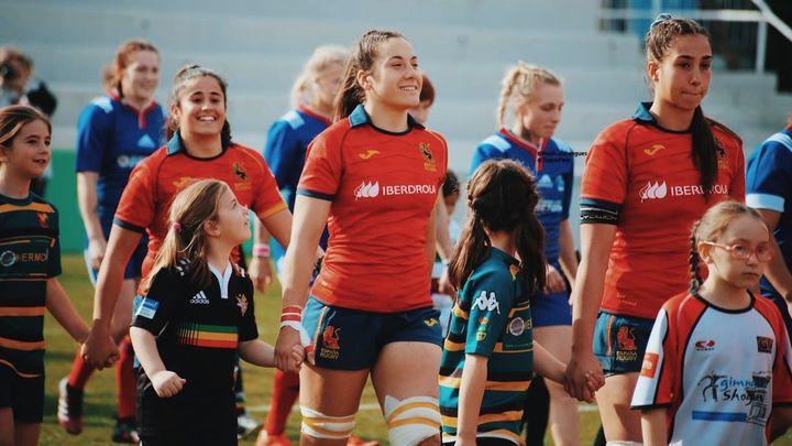 #YoSeréLeona, una campaña para la participación de las niñas en el rugby
