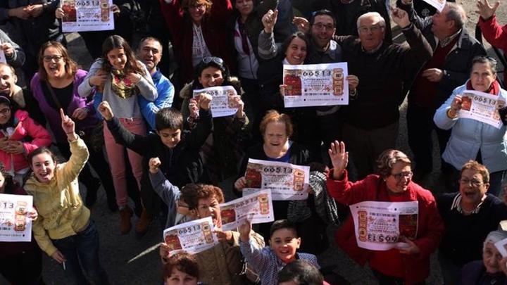 Brea de Tajo, un pueblo de millonarios gracias al Gordo de 2016