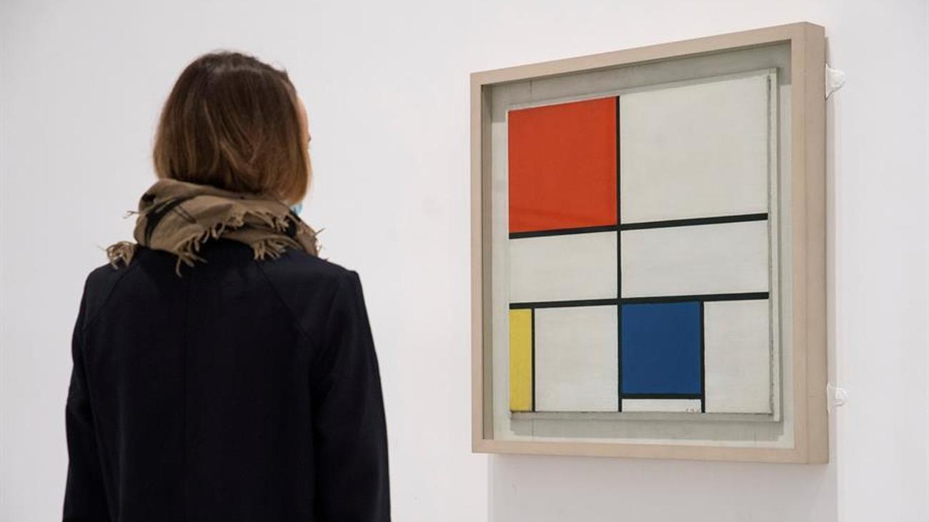 La obra de Mondrian, en el Reina Sofía por su 30 aniversario