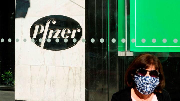"""Andrea Martos sobre la vacuna de Pfizer: """"Es el Juan Palomo de las vacunas"""""""