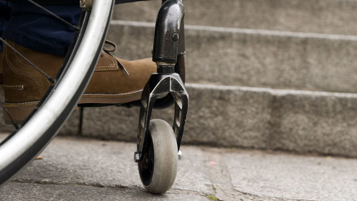 Más de 100.000 personas en España viven confinadas en sus casas por falta de accesibilidad