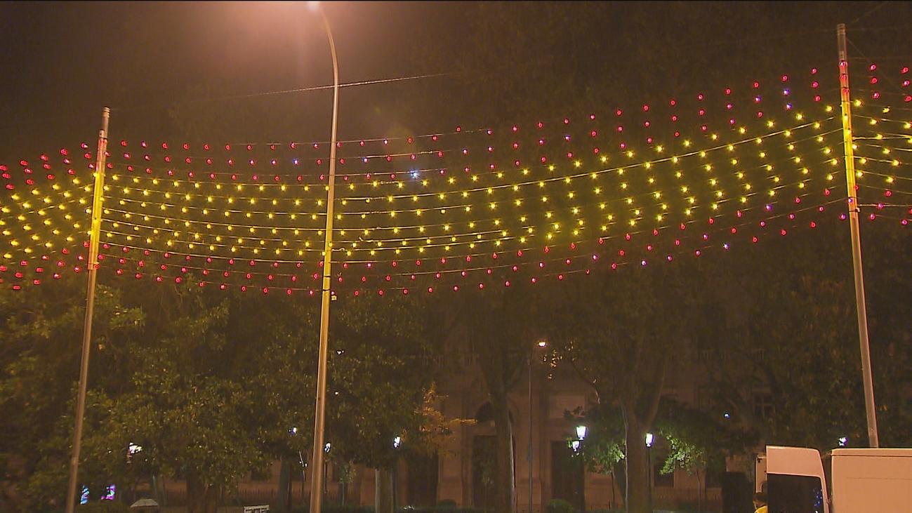 Madrid opina... ¿Gustan las luces de Navidad con la bandera de España?