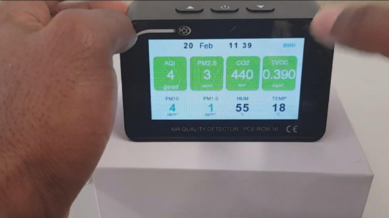 La hostelería de Madrid acepta medir el CO2 de sus locales