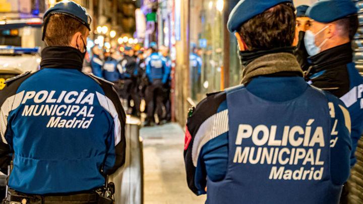 Desalojan en Madrid una sauna donde había una fiesta ilegal con 300 personas
