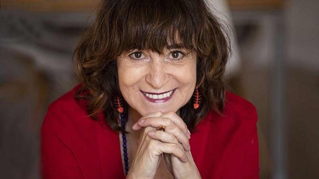 """Rosa Montero anima  """"a comprar libros a los libreros y no por Internet"""" para ayudar al sector"""