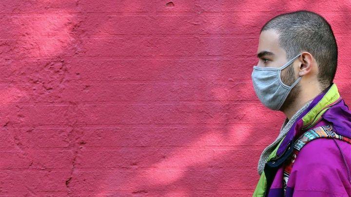 Madrid impulsará un servicio de atención psicológica para jóvenes por el impacto del coronavirus
