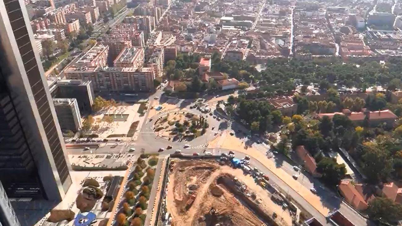 Subir los 181 metros de la torre Caleido