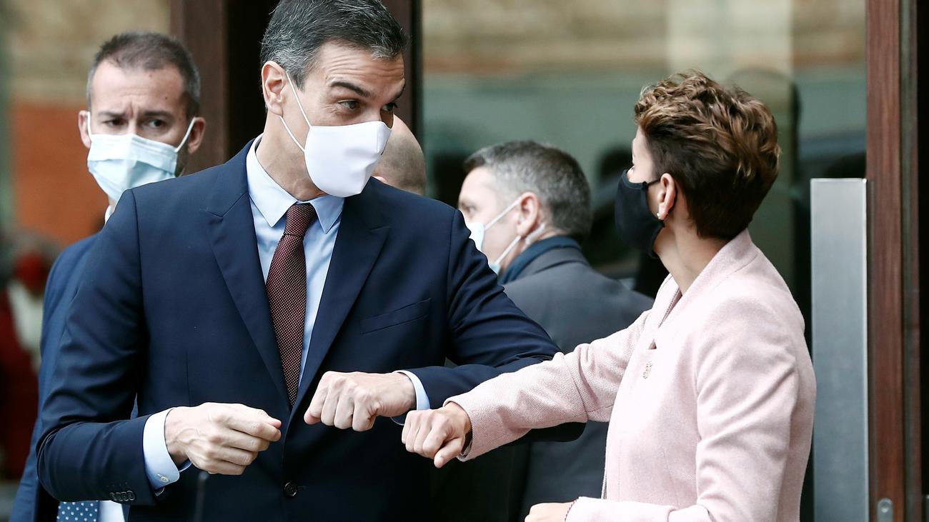 Sánchez anuncia 10.001 nuevas plazas de MIR, enfermería  o farmacia