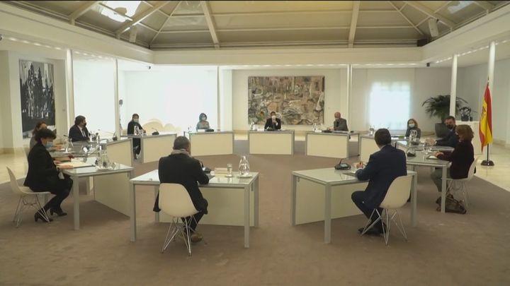 Sánchez se reúne con los agentes sociales para tratar sobre el reparto de los 14.000 millones de Europa
