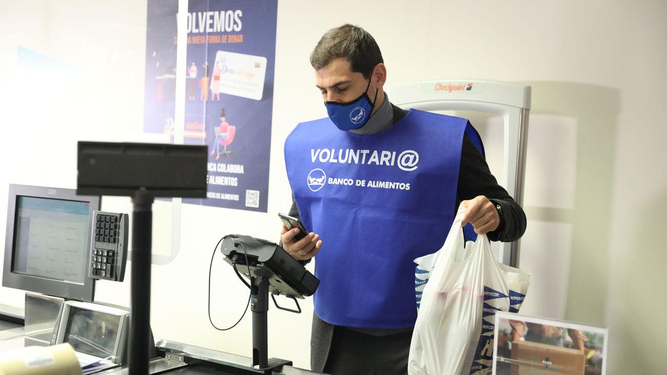 El futbolista Iker Casillas, colaborador habitual del Banco de Alimentos