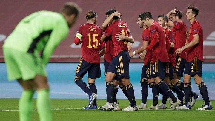 España, de las dudas al partido perfecto