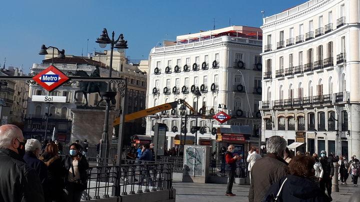 """Madrid presentará en los próximos días medidas de cara a la Navidad, """"donde todo es posible"""""""