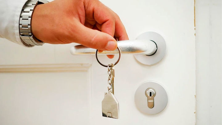 ¿Puede Hacienda entrar en tu casa sin avisar?