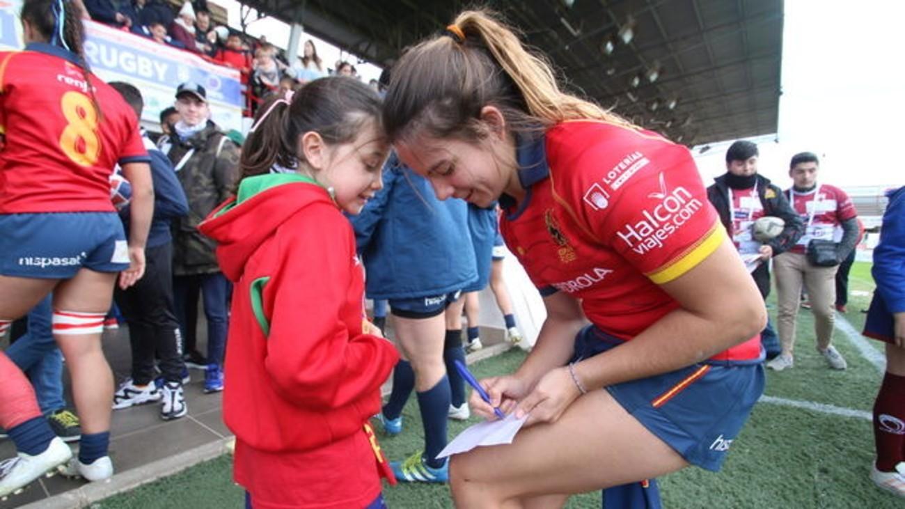 Más de 90 clubes ya tienen a una 'leona' como madrina para impulsar el rugby femenino