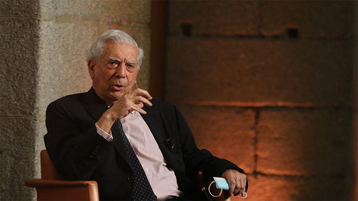 Vargas Llosa reivindica el español como lengua común en el Día de la Constitución