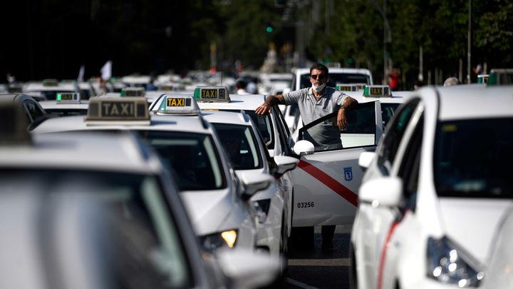Los taxistas de Madrid reclaman aparcamientos en zonas transitadas