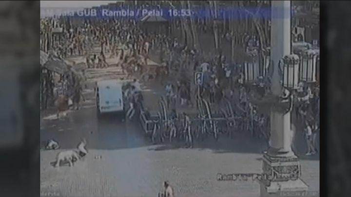 El tribunal visiona los vídeos del atropello masivo en La Rambla de Barcelona