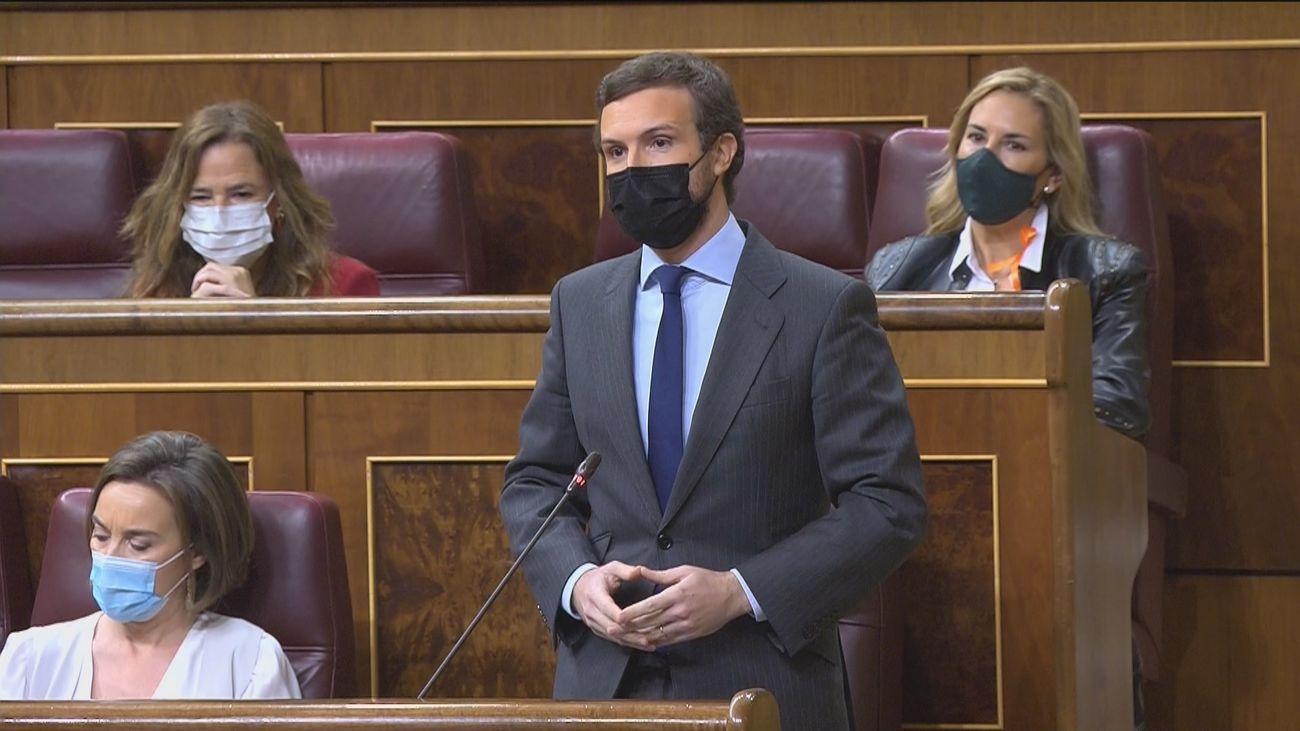"""Casado avisa a Sánchez de que sus pactos con Bildu le perseguirán """"toda su vida"""" y éste le compara con Trump"""