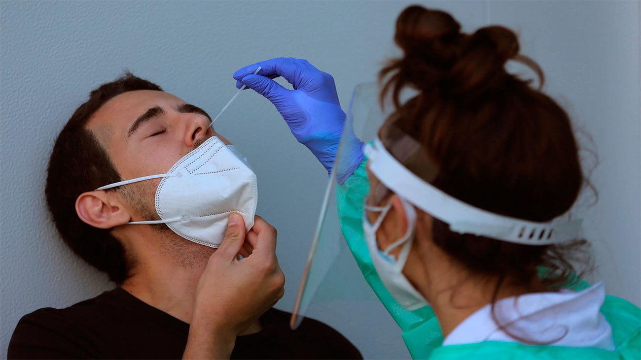 Madrid reduce los contagios hasta 797 aunque  contabiliza 22 nuevas víctimas en la jornada