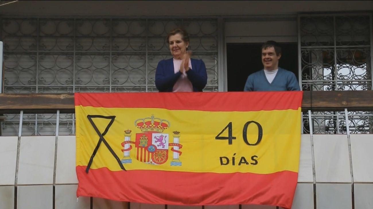 La pandemia del coronavirus dispara la venta de banderas de España
