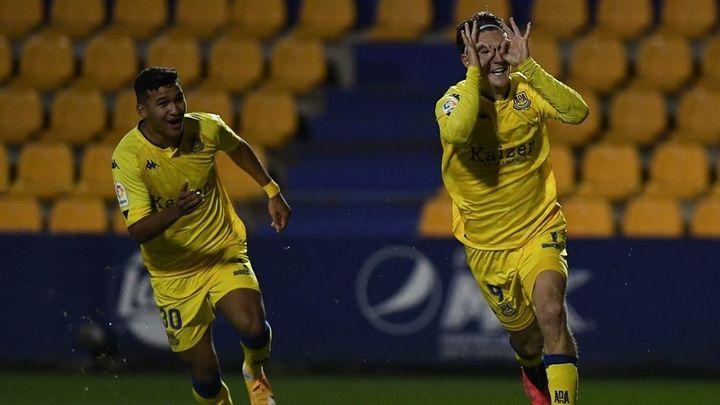 1-0. El Alcorcón frena la caída libre tras ganar al Lugo