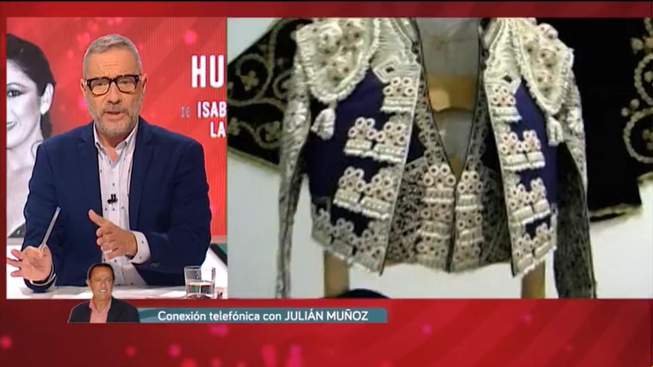 Julián Muñoz afirma en Huellas haber visto en Cantora los trastos toreros de Paquirri