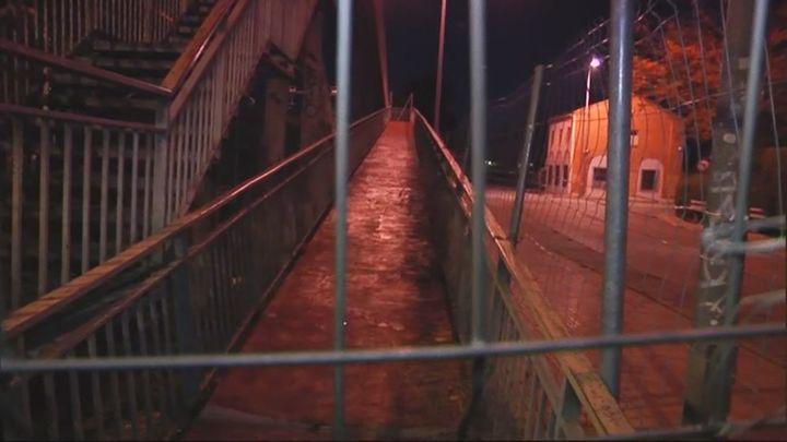 Aislados tras el cierre de un puente en Alcalá de Henares