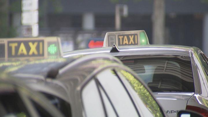 25 euros por una jornada de más de 12 horas: los taxistas, al límite, piden ayuda