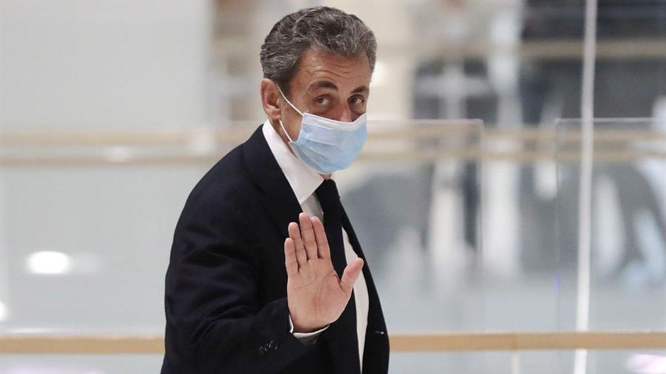 Aplazado el juicio histórico por corrupción contra Nicolas Sarkozy por la enfermedad de un acusado