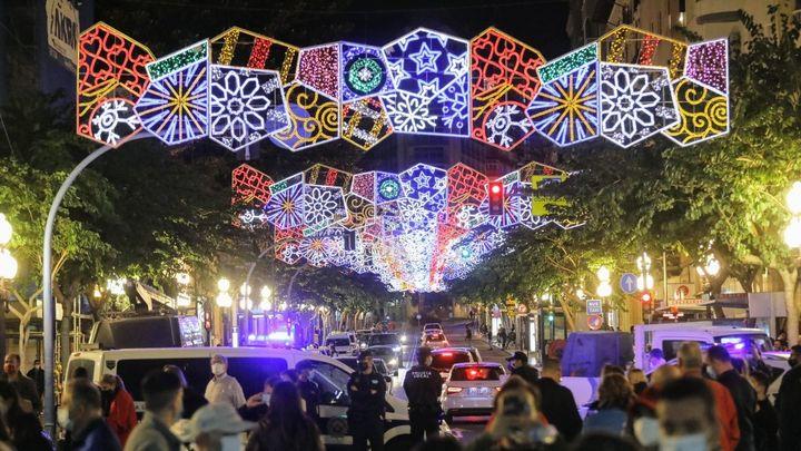 La calle opina: ¿gusta el plan propuesto para la Navidad del coronavirus?