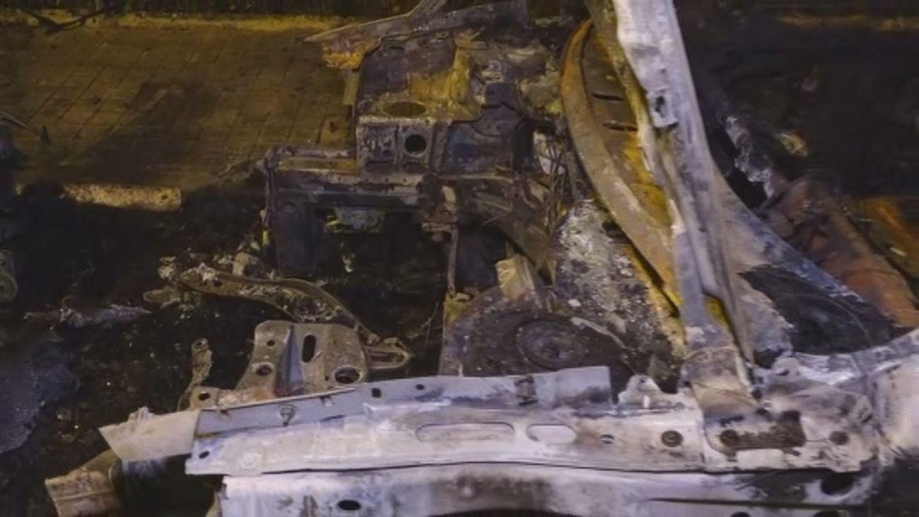 Vehículos quemados y destrozados en Algete