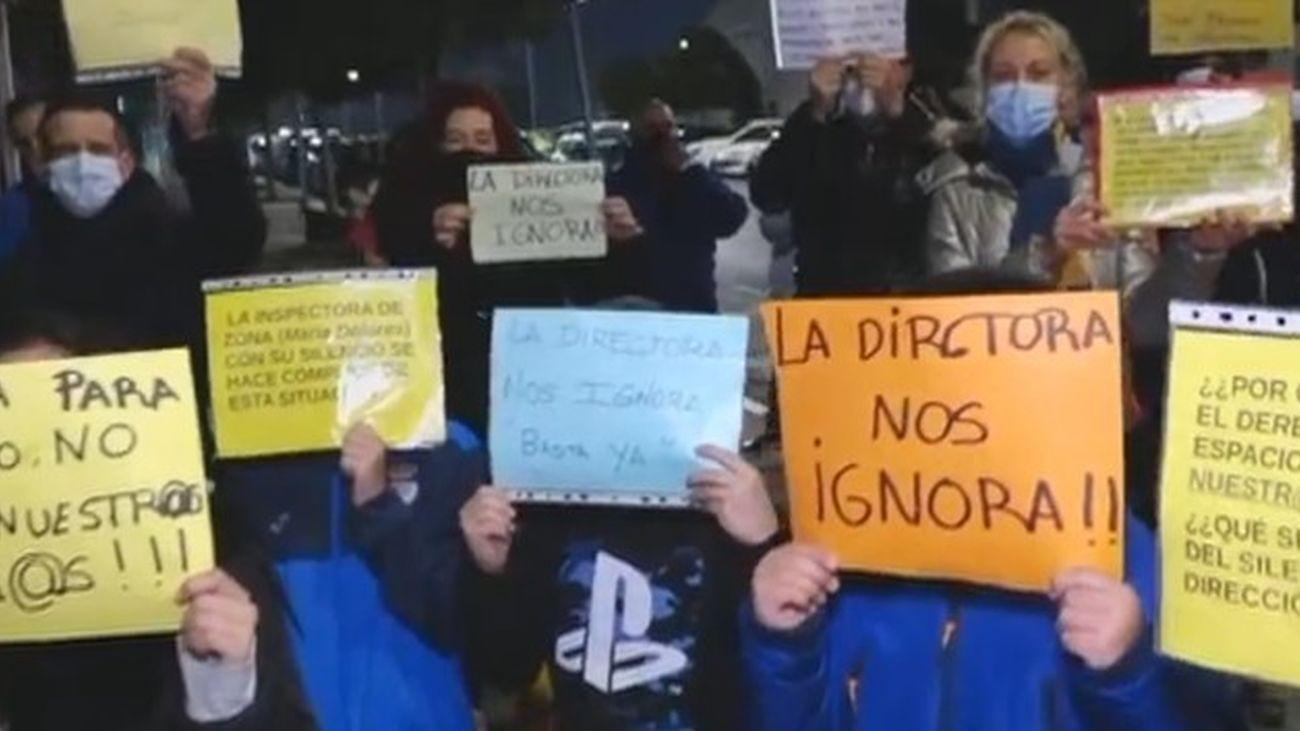 Los padres del colegio María Moliner de Parla denuncian las condiciones en las que se imparte clase