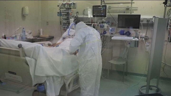 El Ministerio de Sanidad comunica  10.222 nuevos contagios y 369 fallecimientos más