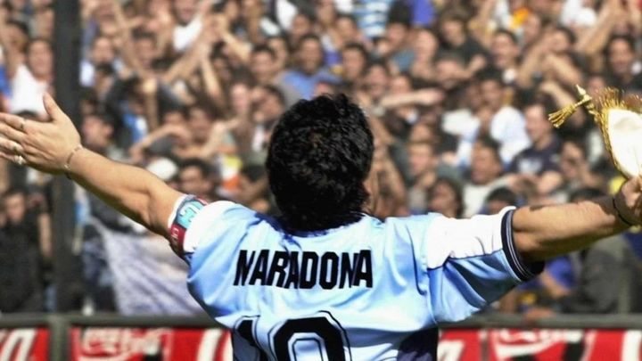 El fútbol madrileño llora la muerte de Maradona