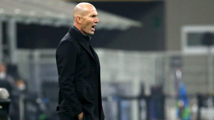 """Zidane: """"Cuando los jugadores se tienen que poner, se ponen"""""""