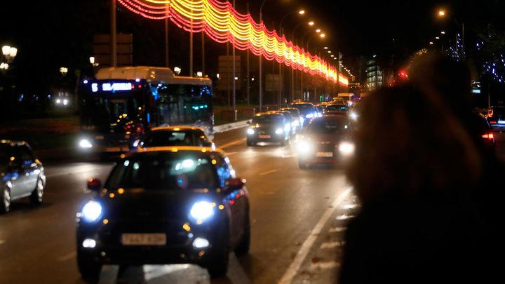 Primeros minutos de la Navidad en Madrid tras el encendido