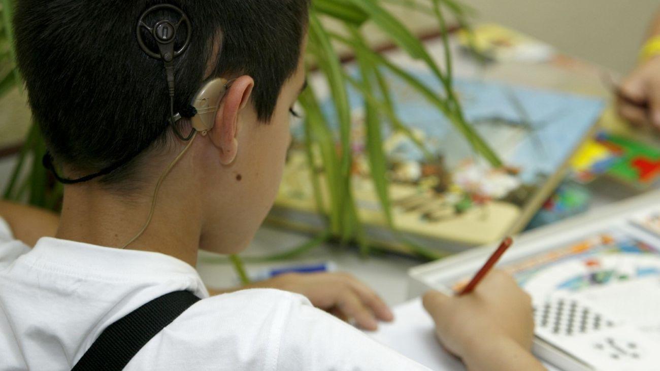 ((NO PUBLICAR)) FIAPAS, más de 40 años apoyando a las familias de personas con discapacidad auditiva