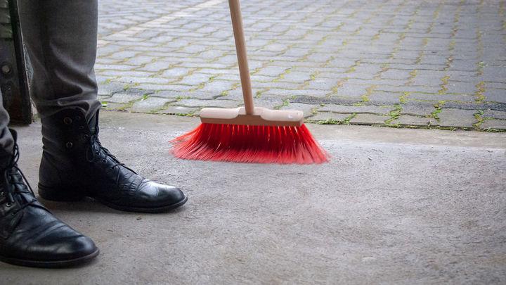 El 66% de los madrileños prefieren limpiar la calle a pagar una multa
