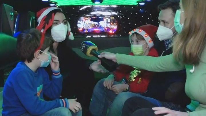 Una limusina para recorrer las luces de Navidad en Madrid