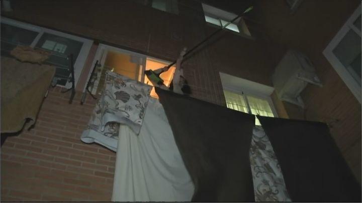 Los vecinos de Fuenlabrada denuncian los robos de su ropa tendida